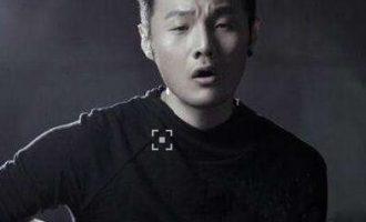 李荣浩经典流行歌曲《模特》试听有感