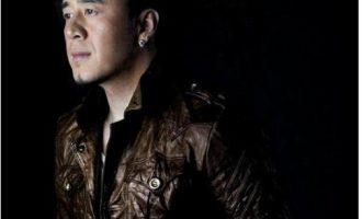 杨坤的歌《月亮可以代表我的心》歌词+试听有感