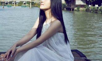 杨钰莹歌曲《三月里的小雨》歌词 试听有感