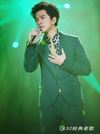 李健歌曲《梦一场》