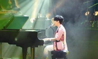 光良歌曲《爱可以点亮整个世界》歌词 试听有感