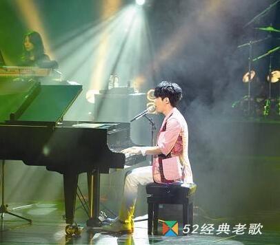 光良歌曲《爱可以点亮整个世界》