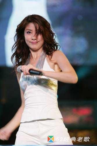 陈慧琳的歌《谁愿放手》