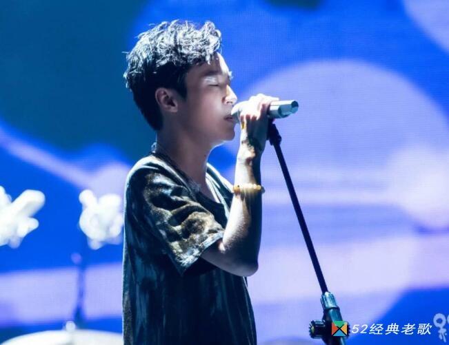 吴青峰的歌曲《邮轮与冰山》