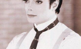 迈克尔·杰克逊歌曲《Smooth Criminal》歌词 试听有感