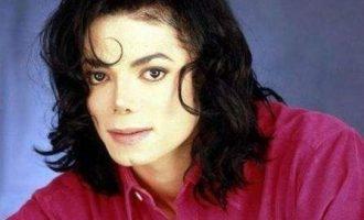 迈克尔·杰克逊歌曲《Hollywood Tonight》歌词 试听有感